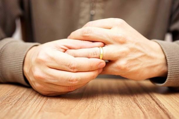 Как молитва может спасти семью от развода?