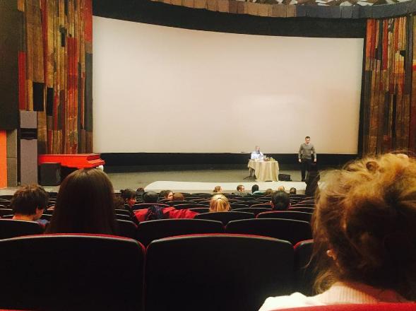 Слушатели лекций Олега Торсунова выложили фото с семинаров в соцсетях