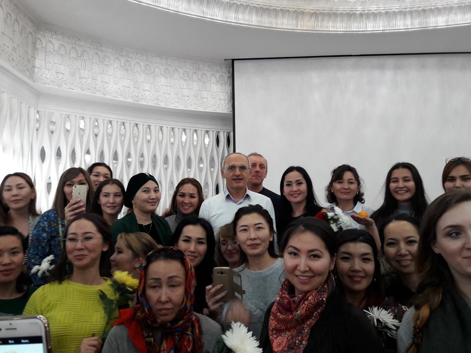 Сегодня в Астане начнется семинар Олега Торсунова
