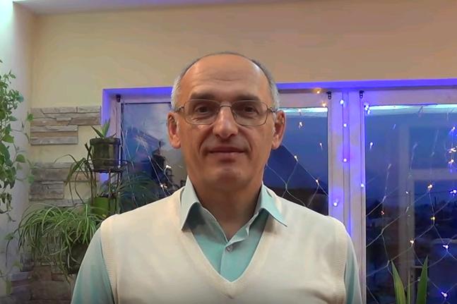 Олег Торсунов поздравил клубы «Благость» с Новым годом